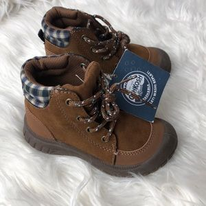 Oshkosh B'gosh Benito toddler ankle boots